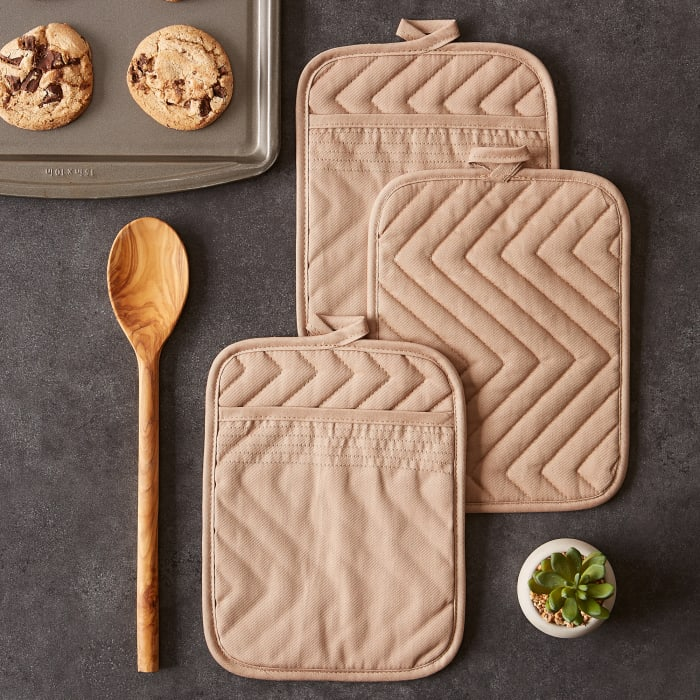 Stone Quilted Set of 3 Potholders