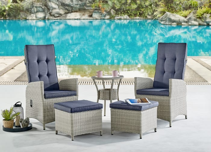Haven All-Weather Wicker Outdoor End Table