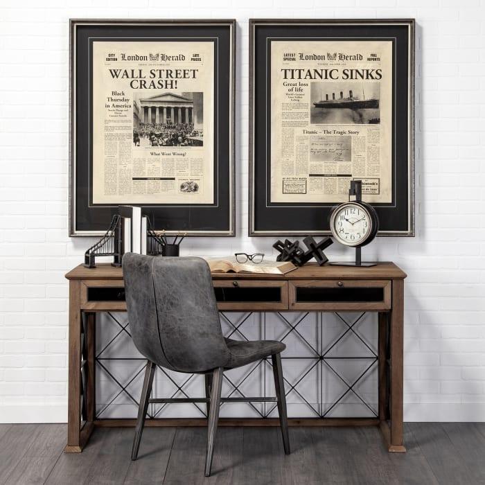 Taxz Metallic Brown Metal Hanging Table Clock