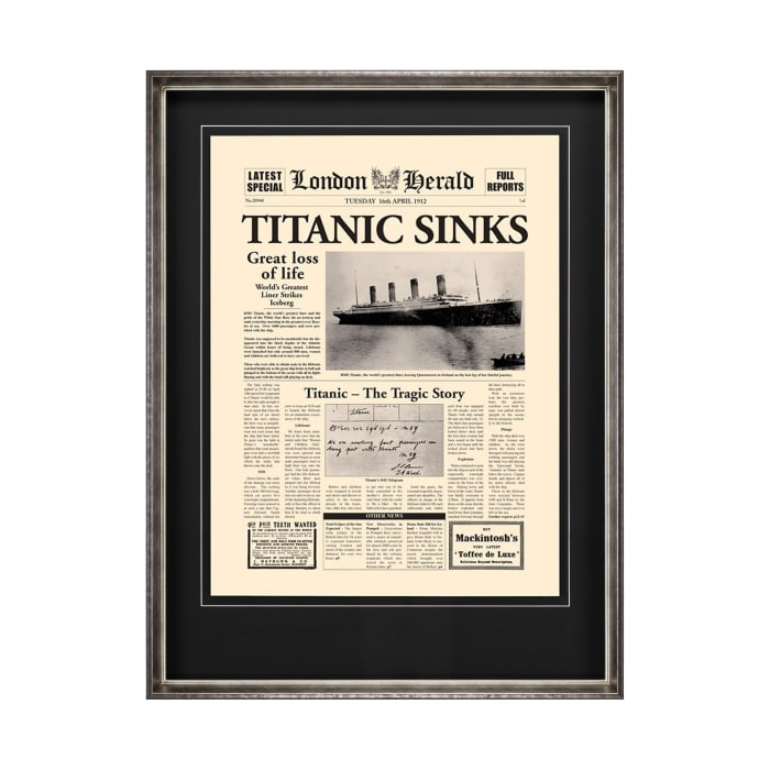 Titanic Sinks Wrapped Canvas Wall Art