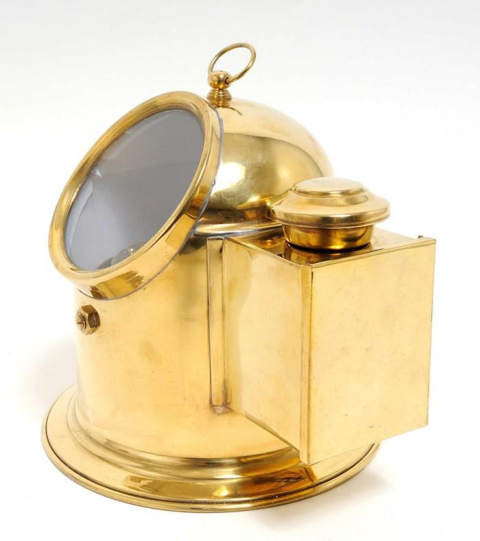 Vintage Look Tabletop Brass Binnacle Compass
