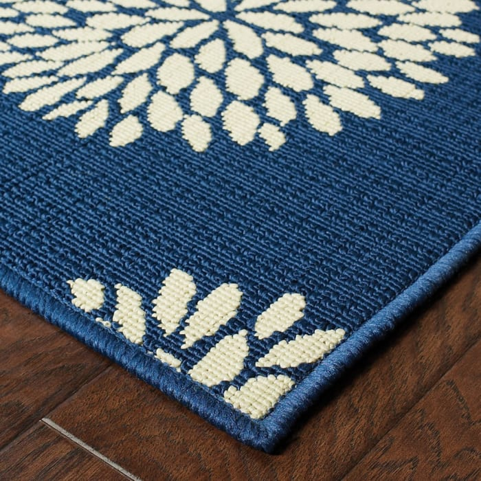7' Round Indigo and Lime Green Floral Indoor or Outdoor Area Rug