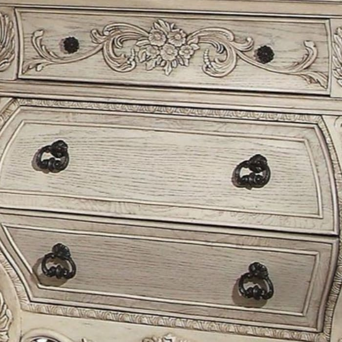 Scrolled Feet 3-Drawer Wooden Antique White Nightstand