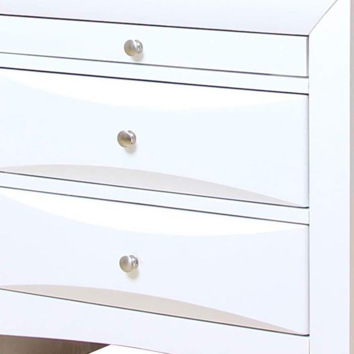 Ireland Contemporary 3-Drawer Wood White Nightstand