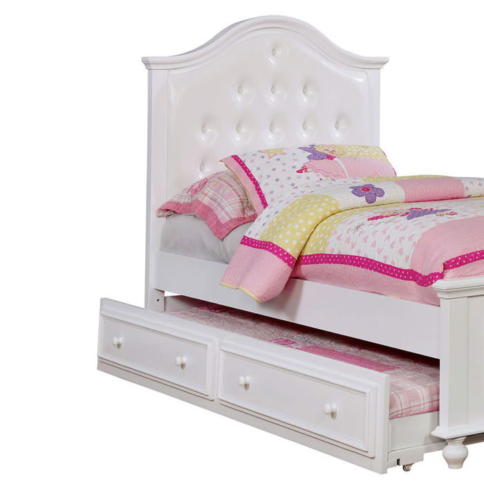 Traditional Style Full Bed with Button Tufted Camelback Headboard, White