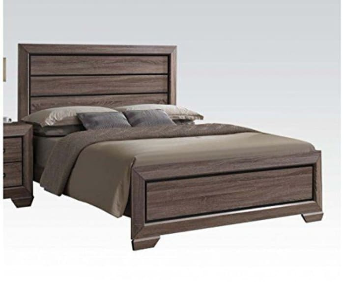 Modish Luxurious Wooden Panel Queen Size Bed, Brown
