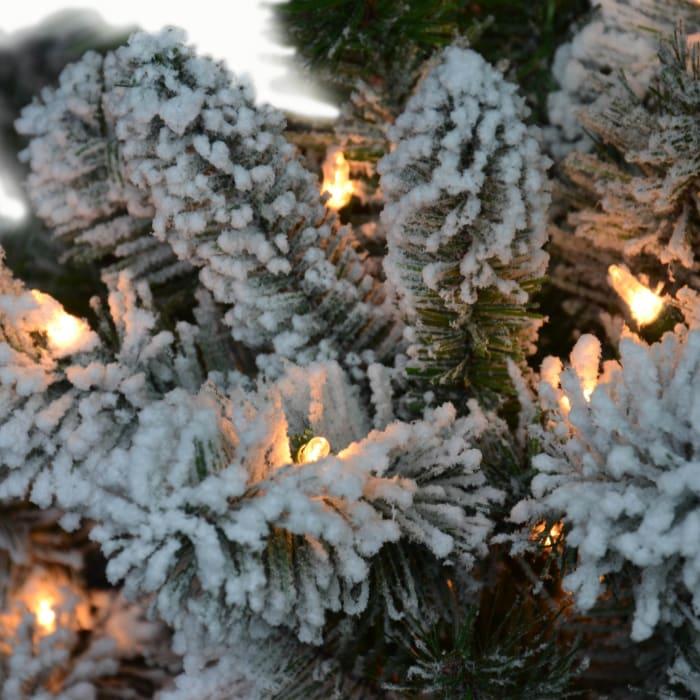 Emilia Pre-Lit 7.5' 500 Lights Green Flocked Virginia Pine Artificial Christmas Tree