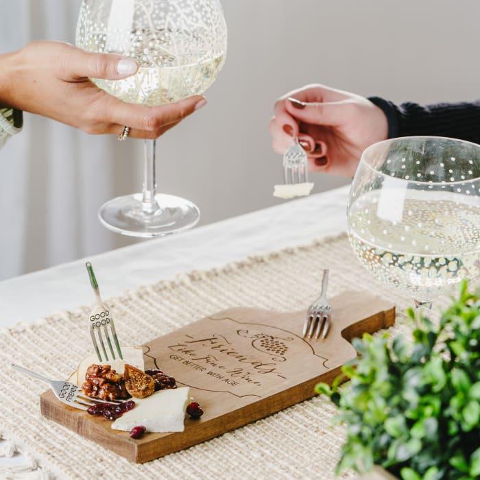 Wine Friends  Acacia Cheese Board Set