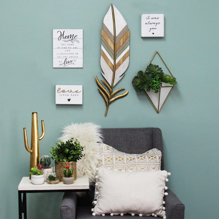 Distressed Boho Feather Metal and Wood Wall Decor