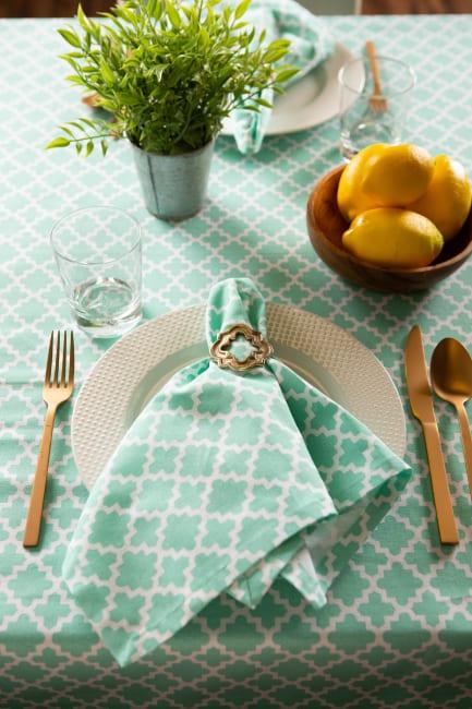 Aqua Lattice Tablecloth 60x104