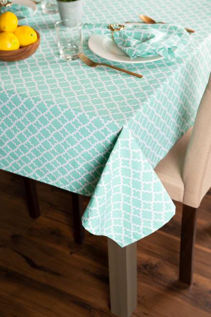Aqua Lattice Tablecloth 60x84