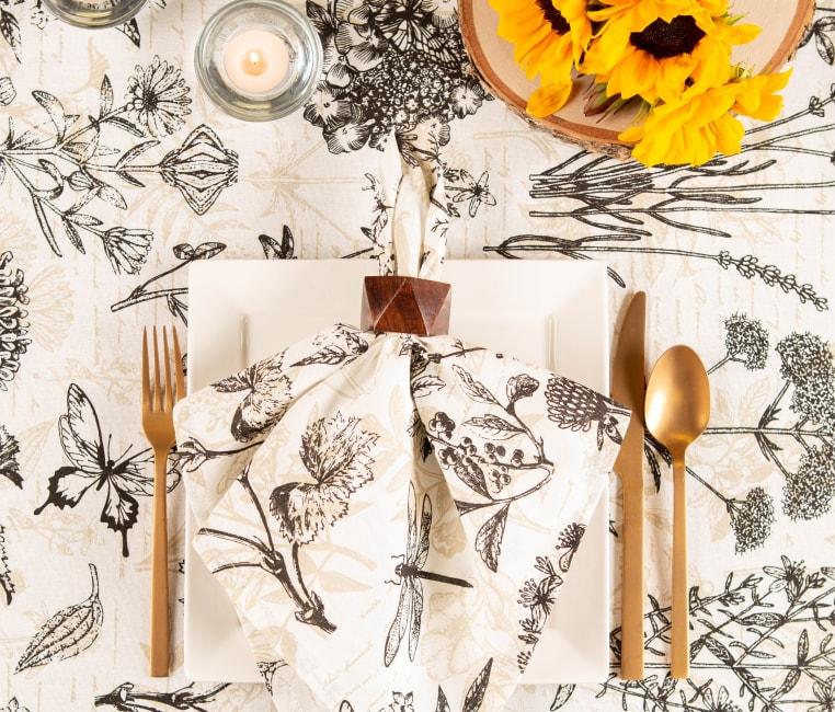 Botanical Print Tablecloth 70 Round
