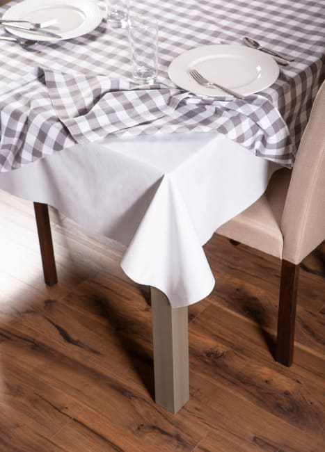 J&M Table Pad 52x108