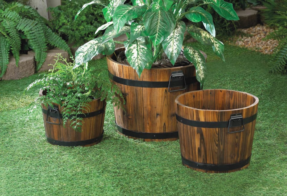 Apple Barrel Planter Trio