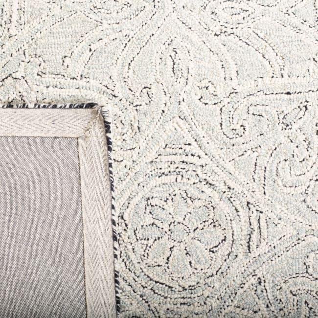 Safavieh Essence Gray Wool Rug 4' x 6'