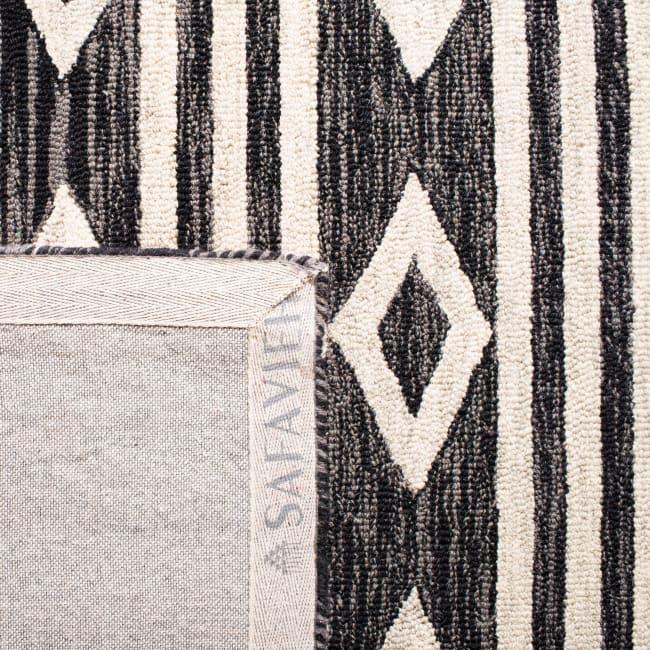 Safavieh Essence Blue Wool Rug
