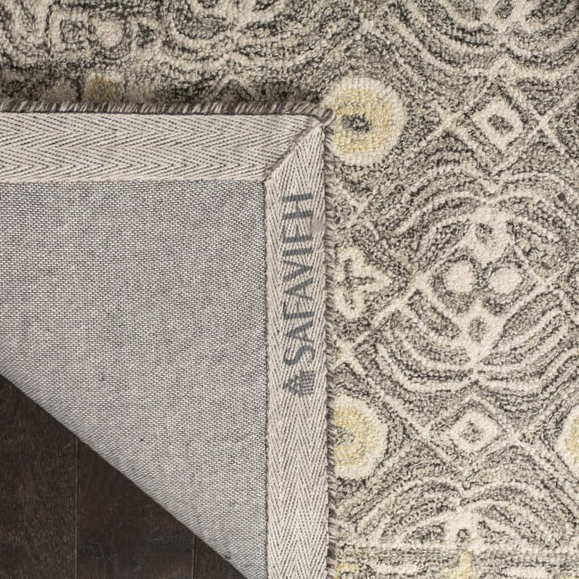 Safavieh Essence Black Wool Round Rug  5'
