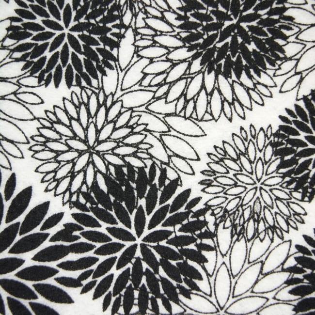 Black Dahlia Fridge Liner (Set of 6)