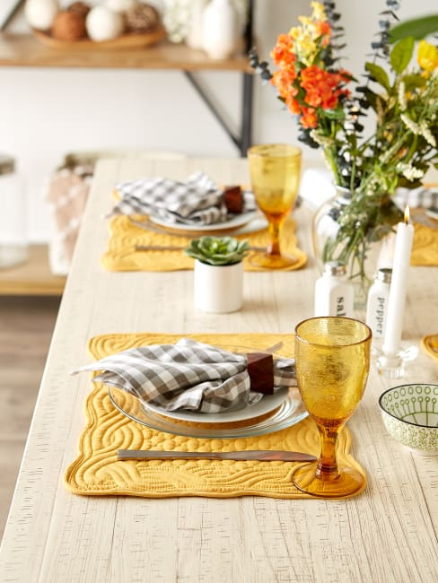 Honey Gold Quilted Farmhouse Set of 6 Placemats