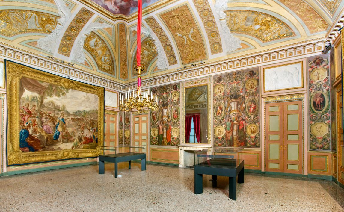 Imagini pentru palazzo reale milano