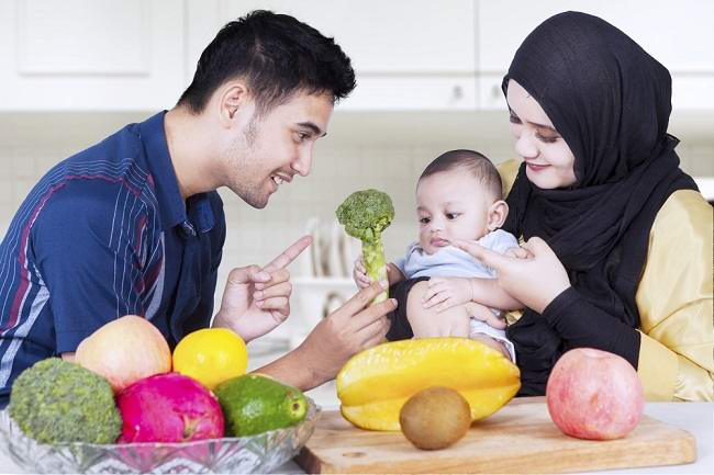 Healthy food choices for babies Aged 4 – 12 months - givemebaby.com