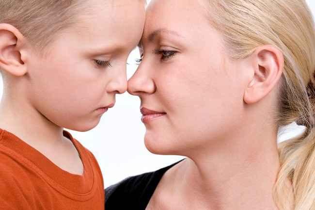 Mendampingi Anak Penderita Autisme-Alodokter