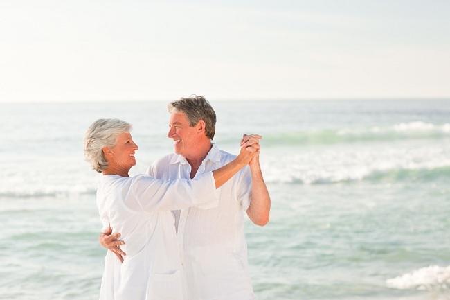 Sehat dan Bahagia di Usia Senja-Alodokter