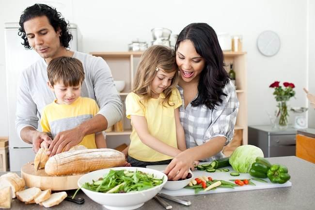 Anak anak juga bisa jadi vegetarian - alodokter