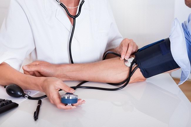 berapa tekanan darah normal pada orang dewasa - alodokter