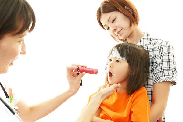 Kenali dan Cegah Pneumonia Pada Anak - Alodokter