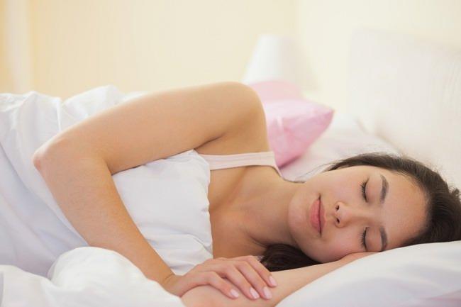 Tidur Malam Setidaknya 8 Jam Bisa Membuatmu Lebih Cantik - alodokter