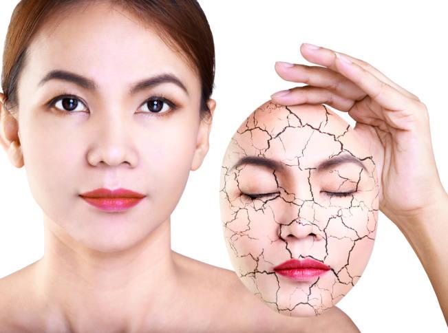 pelembab wajah alami untuk kulit kering ada di sini - alodokter