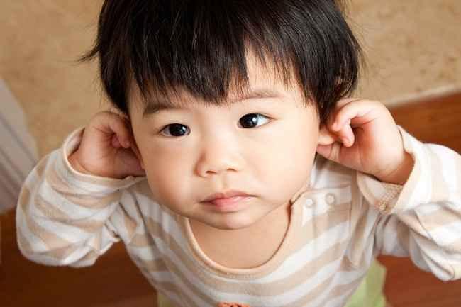 Sigap dalam Menangani Infeksi Telinga Bayi di Rumah - Alodokter