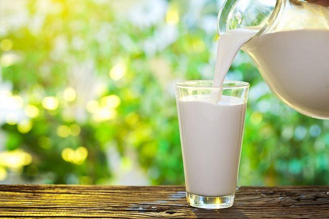 Manfaat Susu Skim yang Rendah Lemak dan Kalori - alodokter