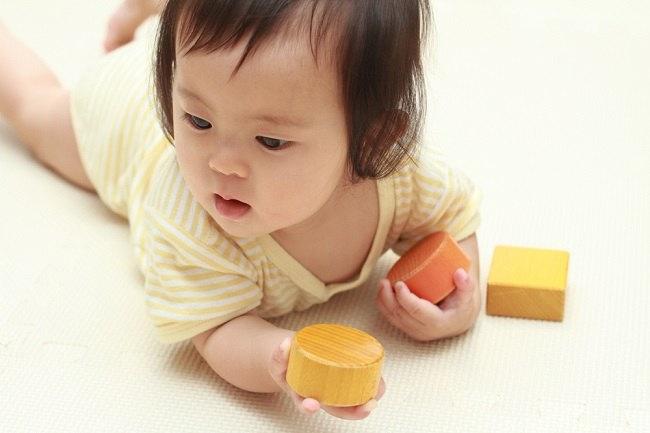 Nutrisi Penting dari Makanan Ibu Menyusui Agar Bayi Cerdas ...
