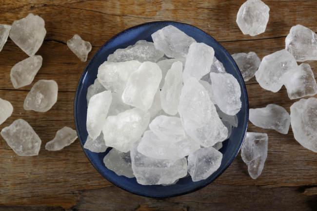 ternyata gula batu tidak lebih sehat dibanding gula pasir - alodokter