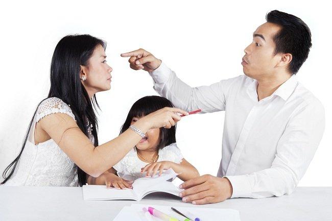 Risiko yang Dialami Anak Broken Home - alodokter