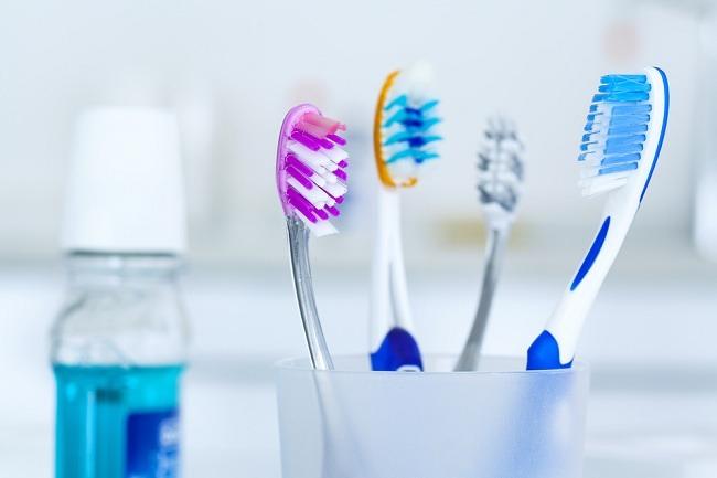 Berkumur dan Ber-gargle Untuk Kesehatan Mulut - alodokter