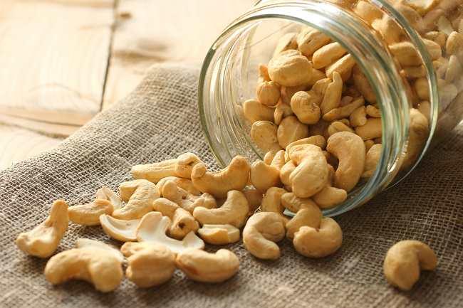 7 Manfaat Kacang Mete yang Segurih Rasanya - alodokter