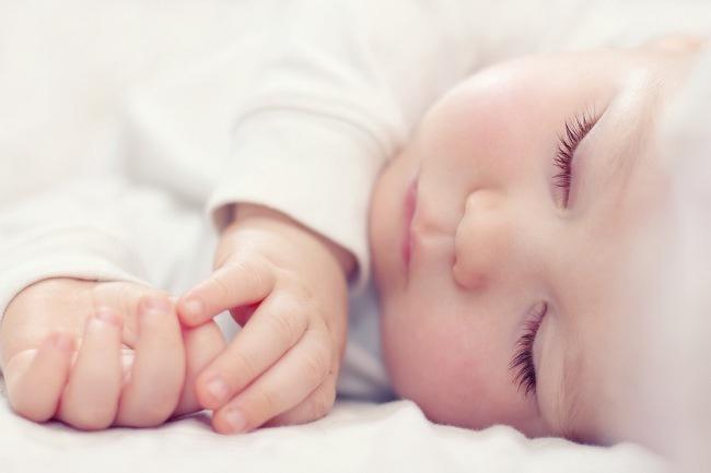 Pentingnya Waktu Tidur Untuk Perkembangan Bayi dan Anak - alodokter