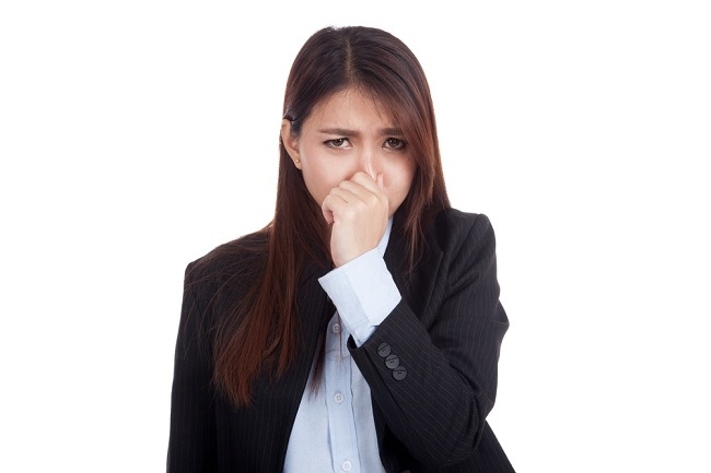 kenali penyebab bau mulut dan cara mengatasinya - alodokter