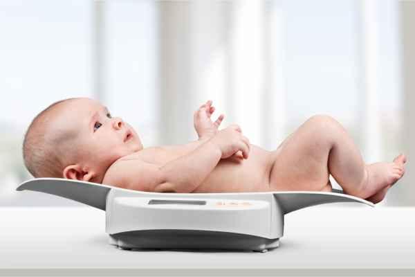 Image result for รูปทารกชั่งน้ำหนัก
