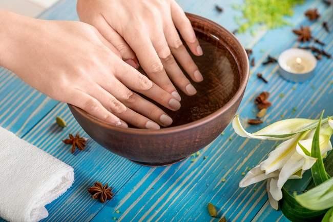 lima cara merawat kuku cantik - alodokter