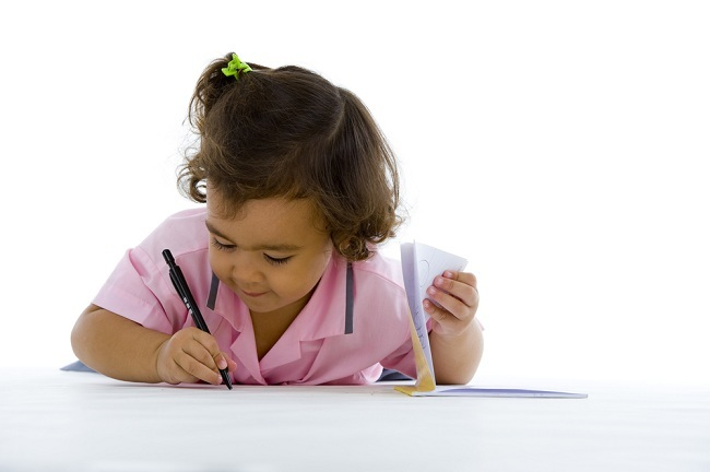 tahapan perkembangan anak - alodokter