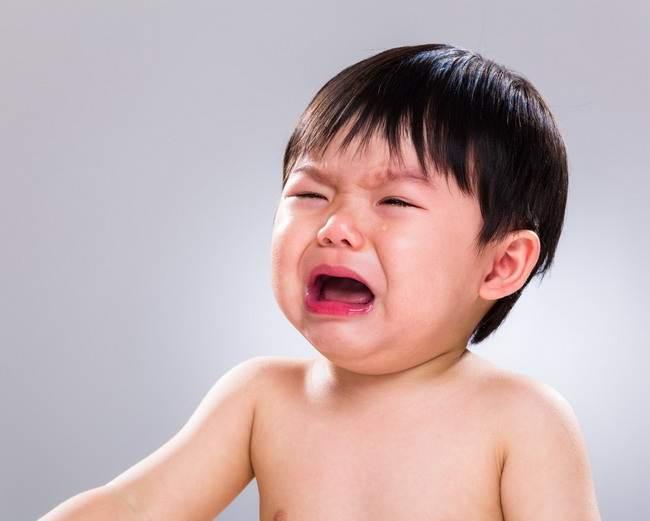 mata merah pada bayi-alodokter