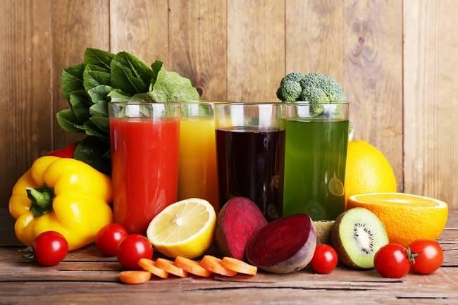 memilih minuman diet dari jus buah dan sayur ini faktanya - alodokter