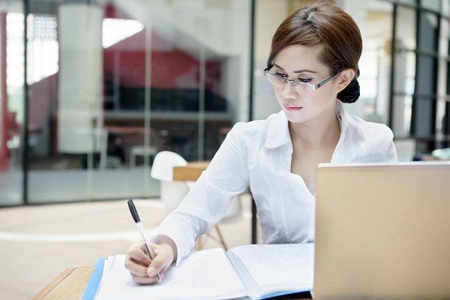Tips Buat Ibu Pekerja agar Bahagia di Rumah dan di Kantor