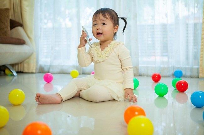 Perkembangan anak usia 2 tahun makin pandai bicara - alodokter