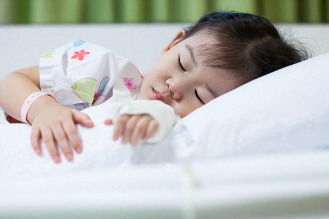 Lebih Memahami Meningitis Pada Anak - alodokter