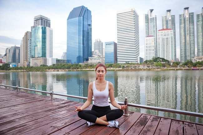 kamu harus tahu cara menghilangkan stres supaya lebih bahagia - alodokter